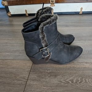 Rampage Joanie gray faux fur fashion wedge booties